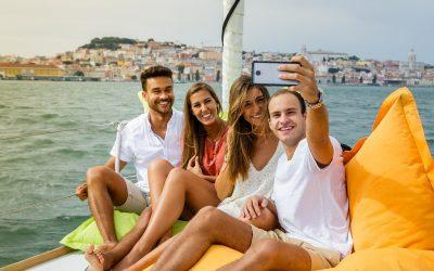 Come scoprire il Golfo di Napoli in barca a vela