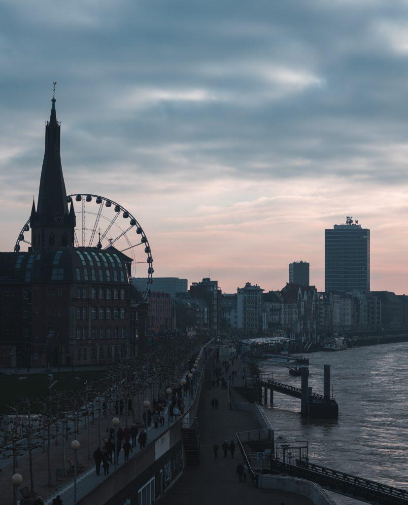 torre di düsseldorf foto