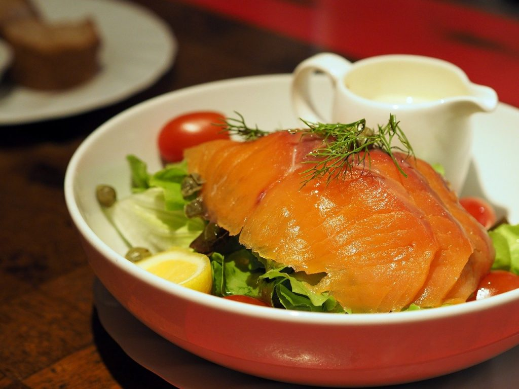 salmone affumicato foto