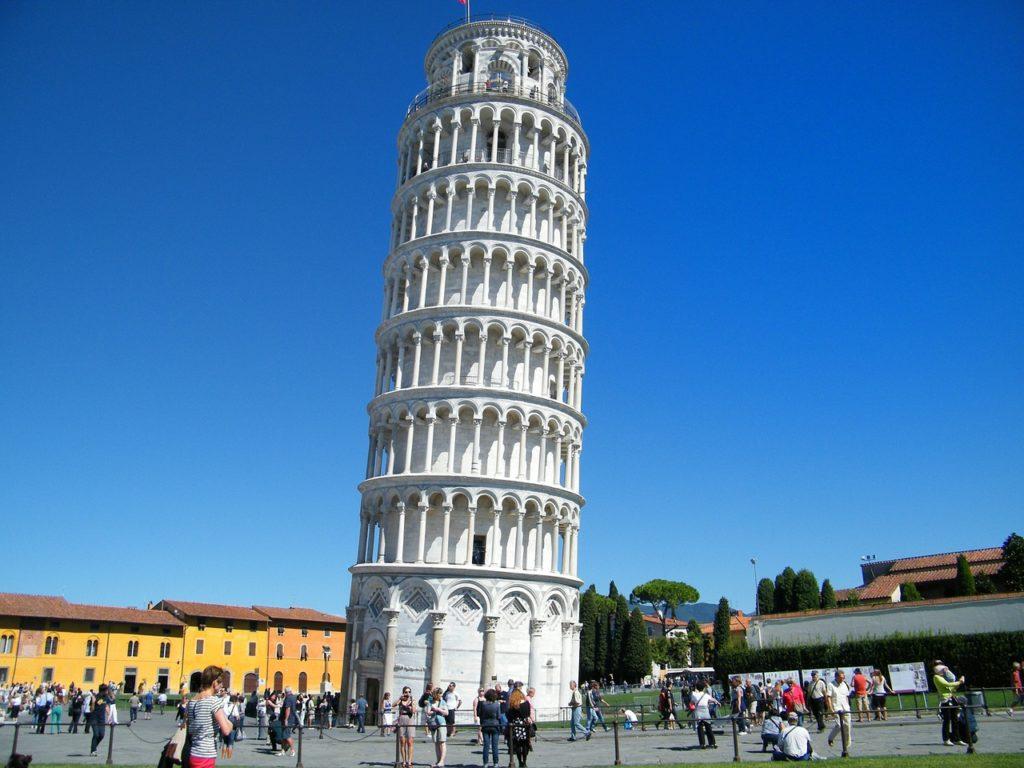 torre di pisa foto