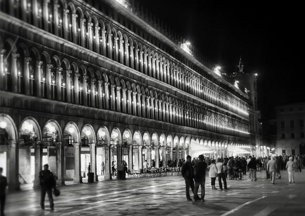 venezia di notte foto