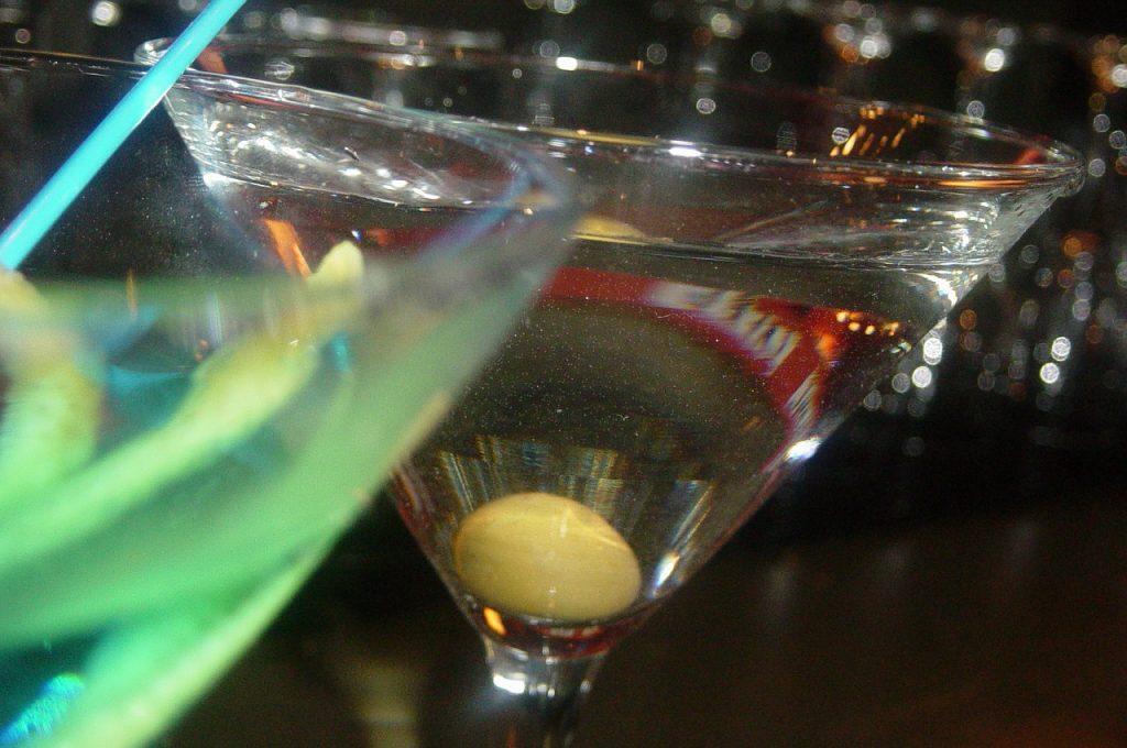 drink al club