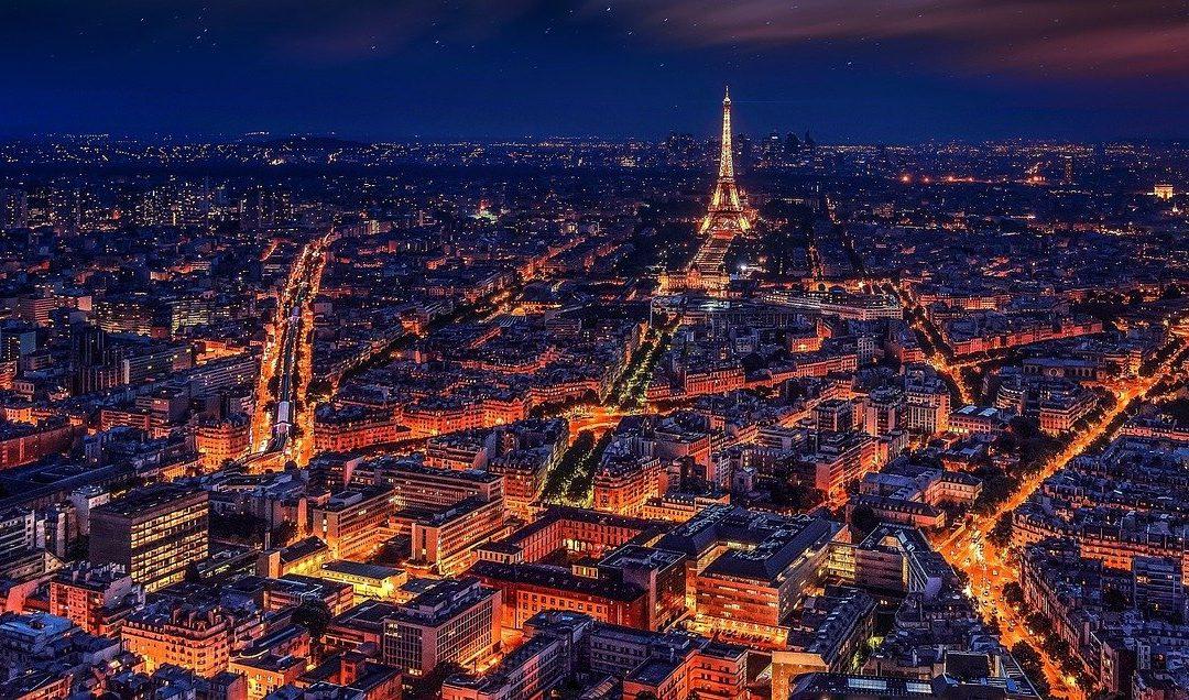 Cosa fare la sera a Parigi: guida alla vita notturna parigina